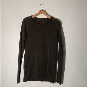 Lululemon Long Sleeve, Thumb Holes Size 12